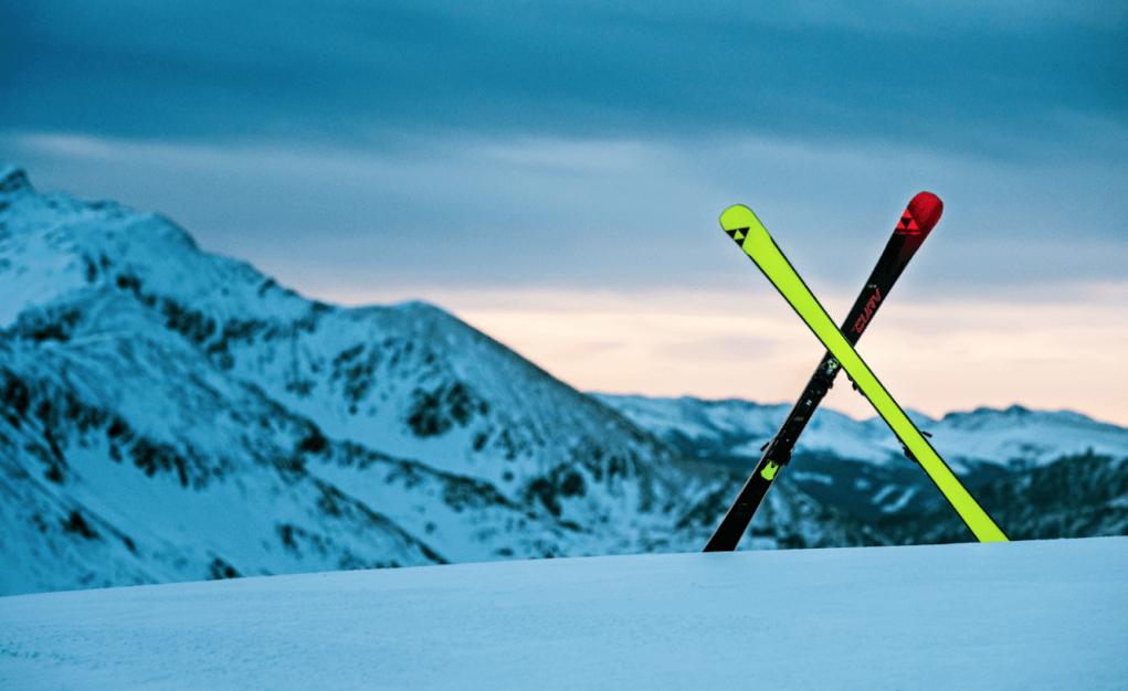 jak jeździć na nartach narty fischer yellow base